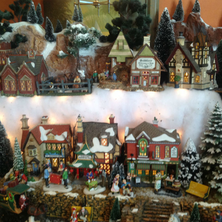 model-village-christmas-snow