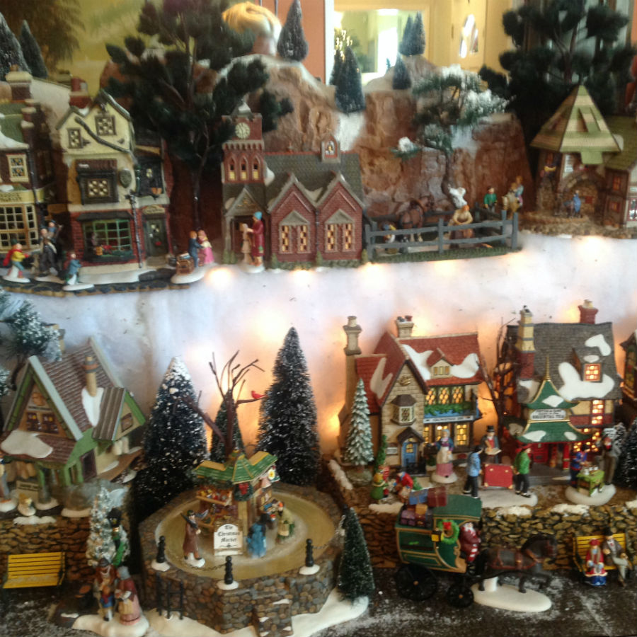 over-size-christmas-model-village